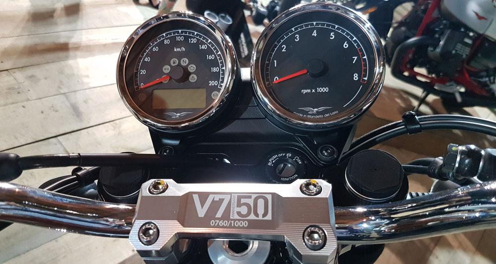 moto guzzi anniversario v750