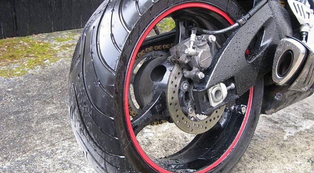 cubierta moto