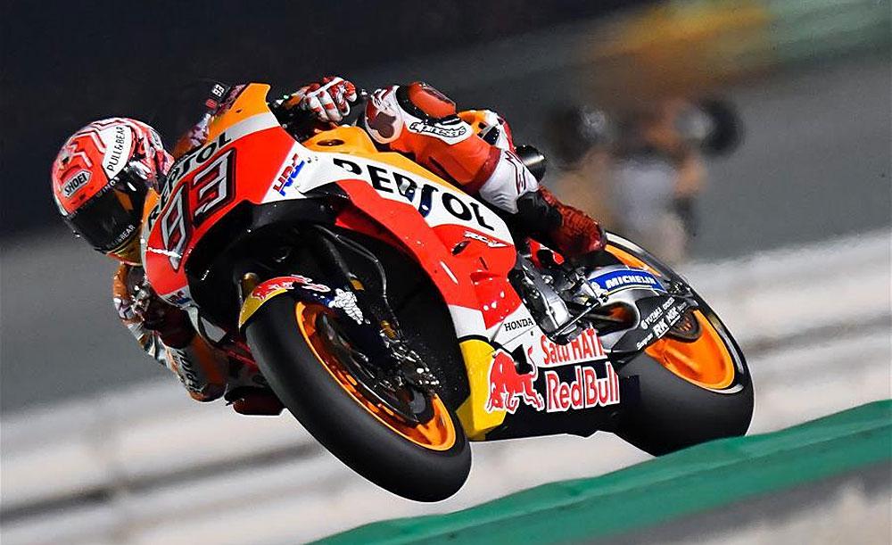 #MotoGP: Johann Zarco logró la pole en la primera competencia en el circuito de Qatar