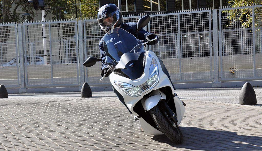 moto hpnda pcx