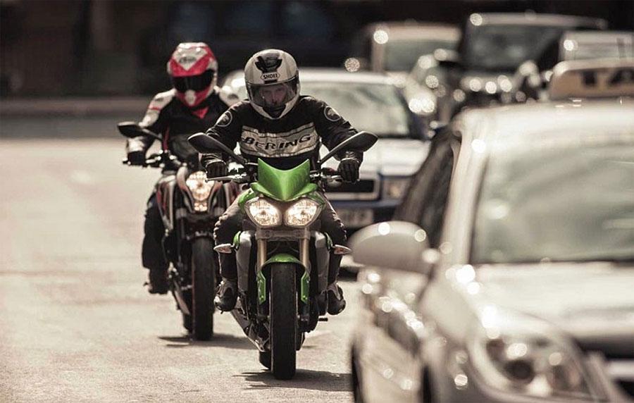 Cómo preparase para andar en moto