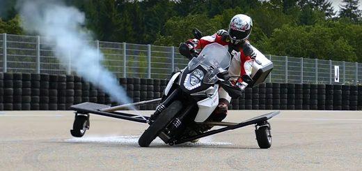 moto inclinada