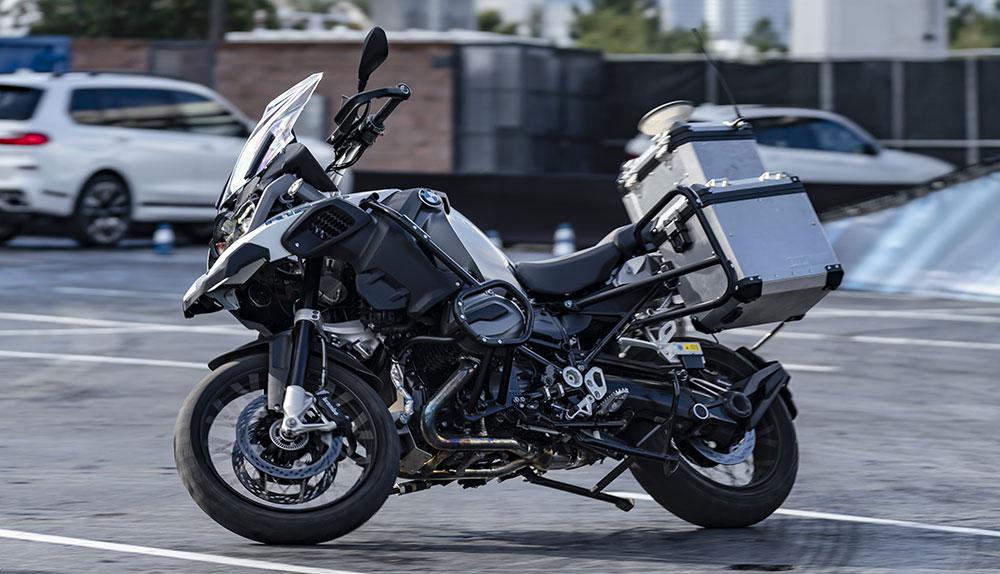 BMW mostró en el CES de Las Vegas una BMW R1200 GS con conducción autónoma