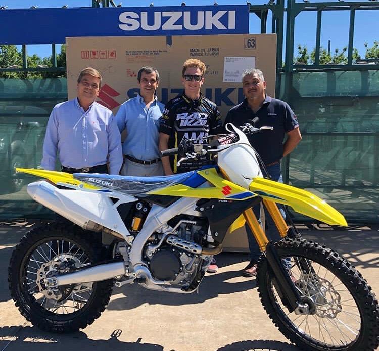 El Team Radikal con una Suzuki RMZ 450 presente en el Enduro del Verano