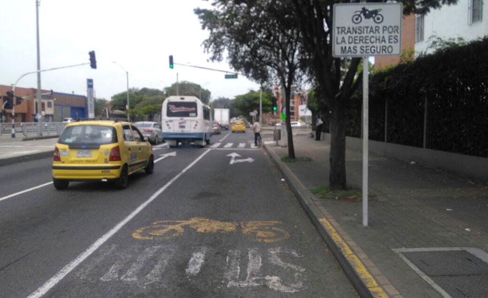 Seguridad: Carriles exclusivos para motos en autopistas