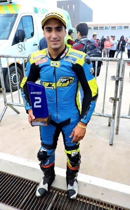 Kawasaki tuvo su lugar en el podio del Superbike Argentino