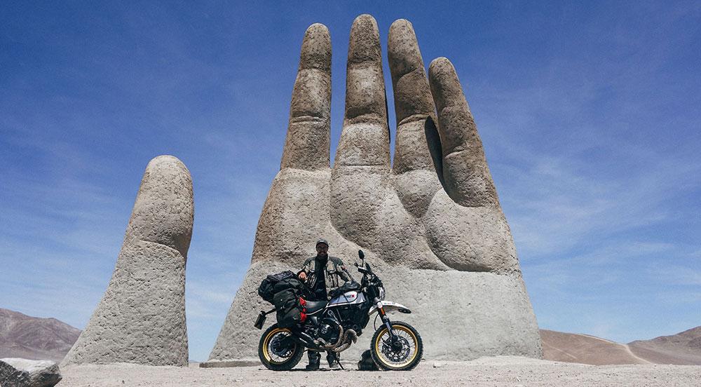 88.000 kilómetros por 35 países en 381 días para dar la vuelta al mundo con una Ducati Scrambler Desert Sled
