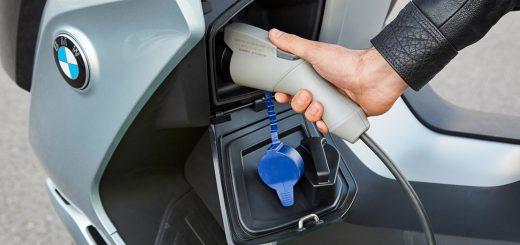 Motos eléctricas BMW con carga Wireless