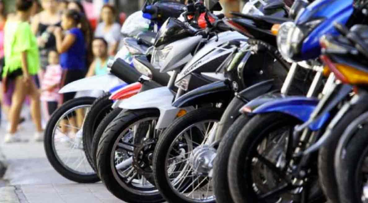 ¿Cuáles fueron las motos usadas más vendidas durante el mes de enero?