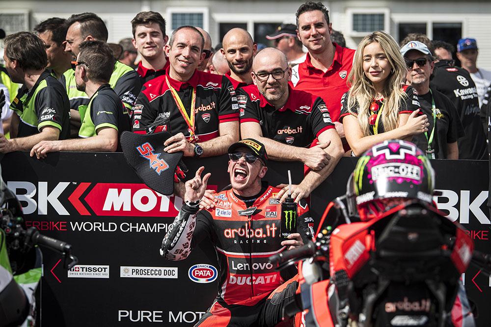 Mundial de Superbike: gran desempeño del equipo Aruba.it de Ducati