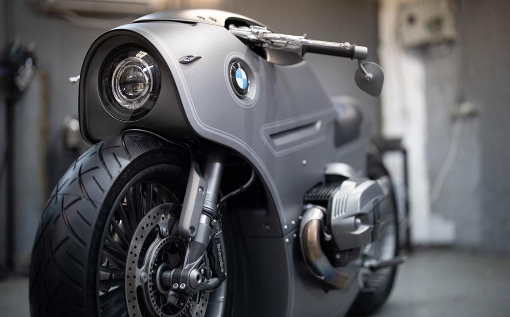 Una BMW R NineT personalizada al estilo Café Racer futurista