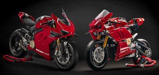 Ducati Panigale V4 R by LEGO