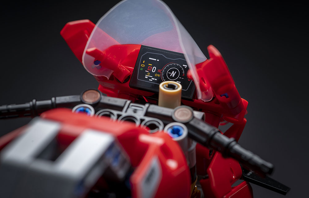 Ducati Panigale V4 R by LEGO