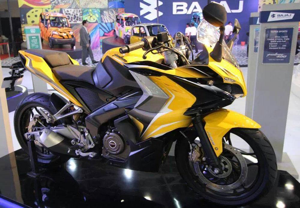 Esta es la Bajaj RS400