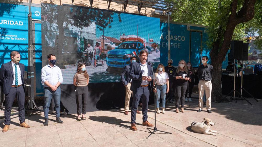 Se lanzó en el Municipio de Mercedes una campaña de seguridad vial para motociclistas